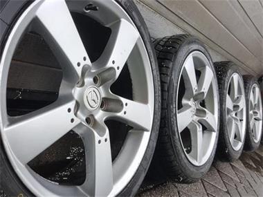 18 Inch Mazda Rx 8 Tribute 6 Velgen 4x7mm Banden