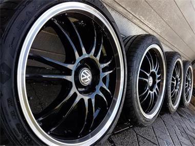 18 Inch Audi Dotz A3 S3 Rs3 Velgen Goodyear Banden